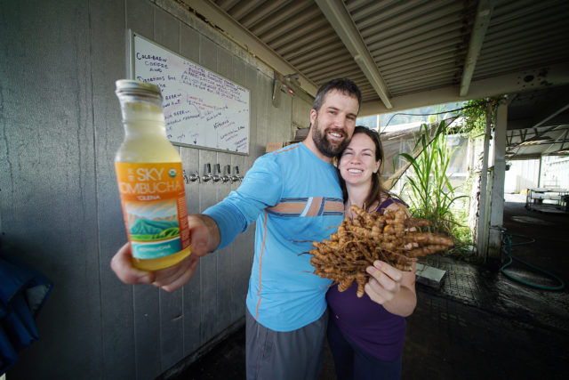 SKY Kombucha Co Owners Dave Yarber and Shannon Yarber at their Waimanalo location. 25 april 2017