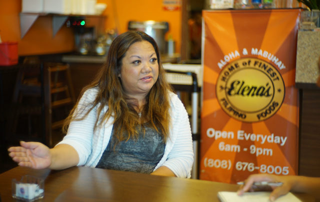 Elena's Manager Mellissa Cedillo shares some points to reporter regarding how business was affected by rail construction and road traffic.