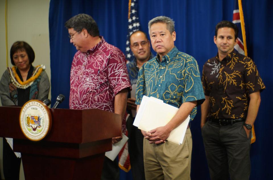 Senate president Kouchi, Congresswoman Hanabusa, Sen Dela Cruz and Sen Brian Schatz.
