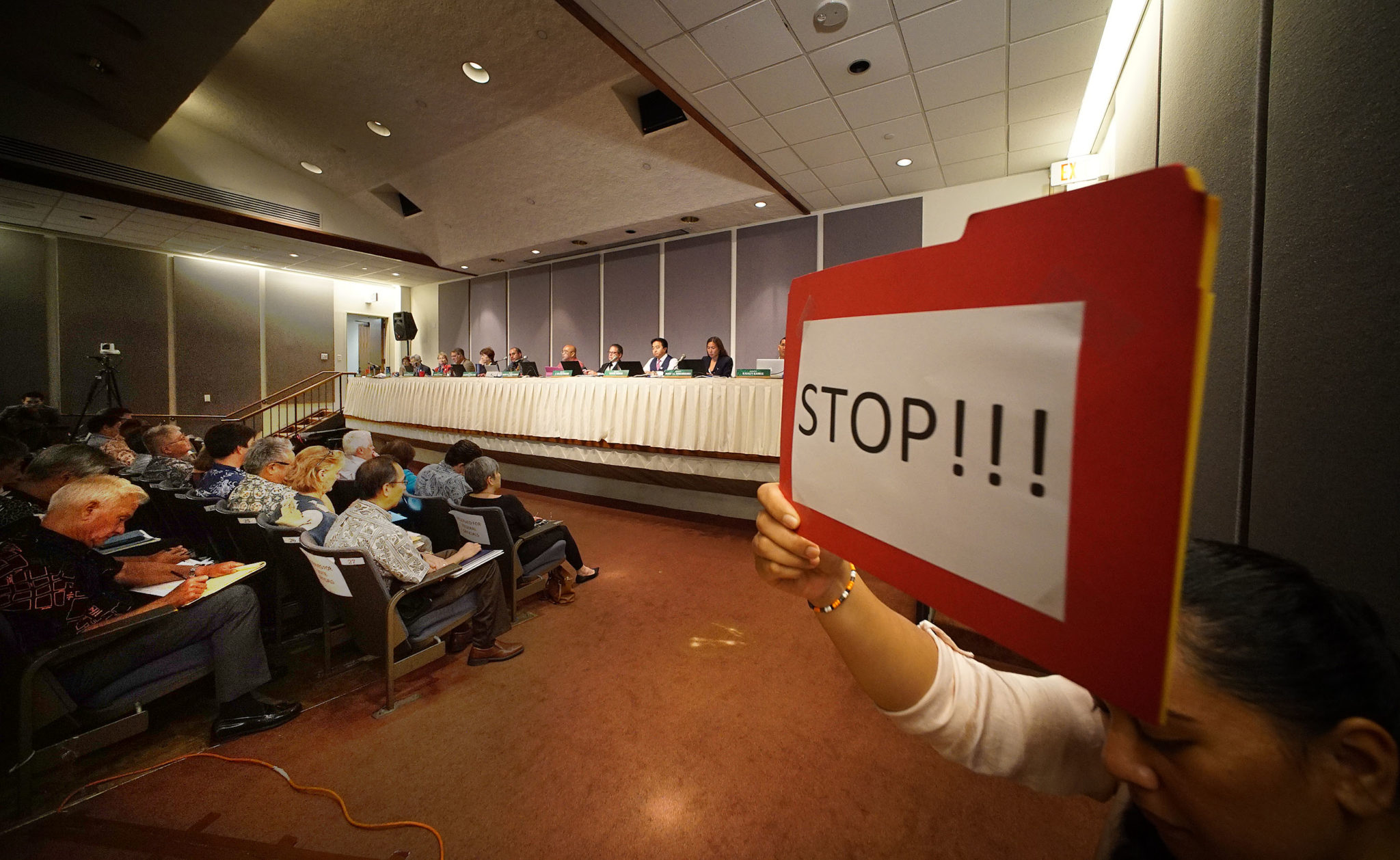 Each tesifier was given 2 minutes to testify during WAM committee hearing meeting on rail at the Capitol auditorium. Once the two minutes were up, an alarm sounded with a person holding a sign for 'stop'. Over 60-people testified followed by questions.