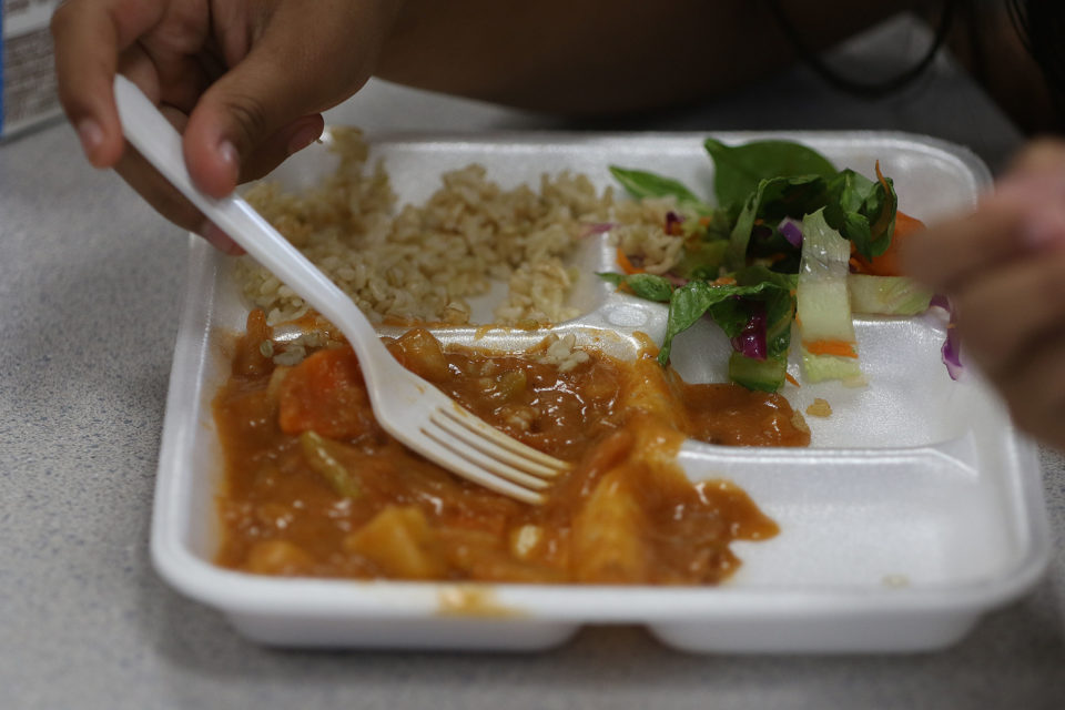 Study: Few Hawaii Students Have Access To After-School Meals