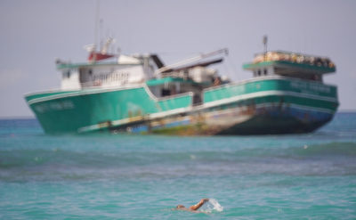 Boat Wreck Shows Ecological Risk Of Hawaii Fishing Fleet Practices