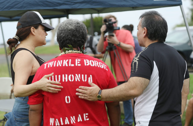 Puuhonua O Waianae Harbor visitors Aunty Twinkle Borge is greeted with her PR person on left and Rep John Mizuno during open house at Puuhonua O Waianae/Waianae Boat Harbor.