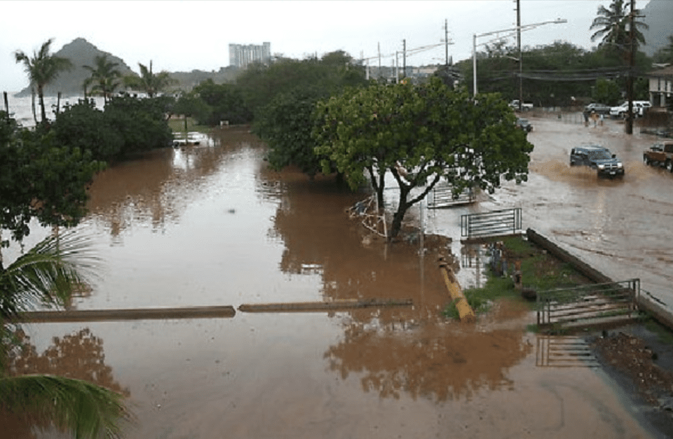 Kauai Flooding Heightens Worries About West Oahu Isolation
