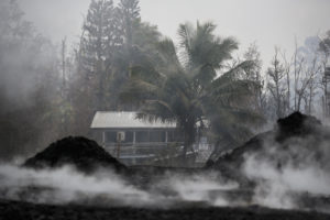 4 Residents Airlifted After Hawaii Lava Flows Isolates More Homes