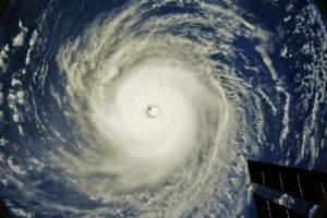 Hurricane Hector Skirts South Of Hawaii As It Weakens