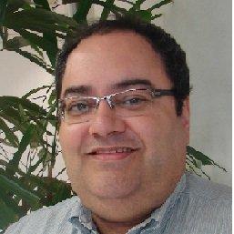 Image of Armando Saraiva