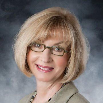 Image of Carolyn Helmlinger