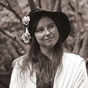 Image of Helene Knott