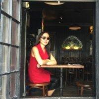 Image of Julie Tong