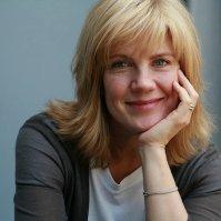 Image of Linda Holliday