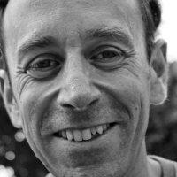Image of Simon Kent