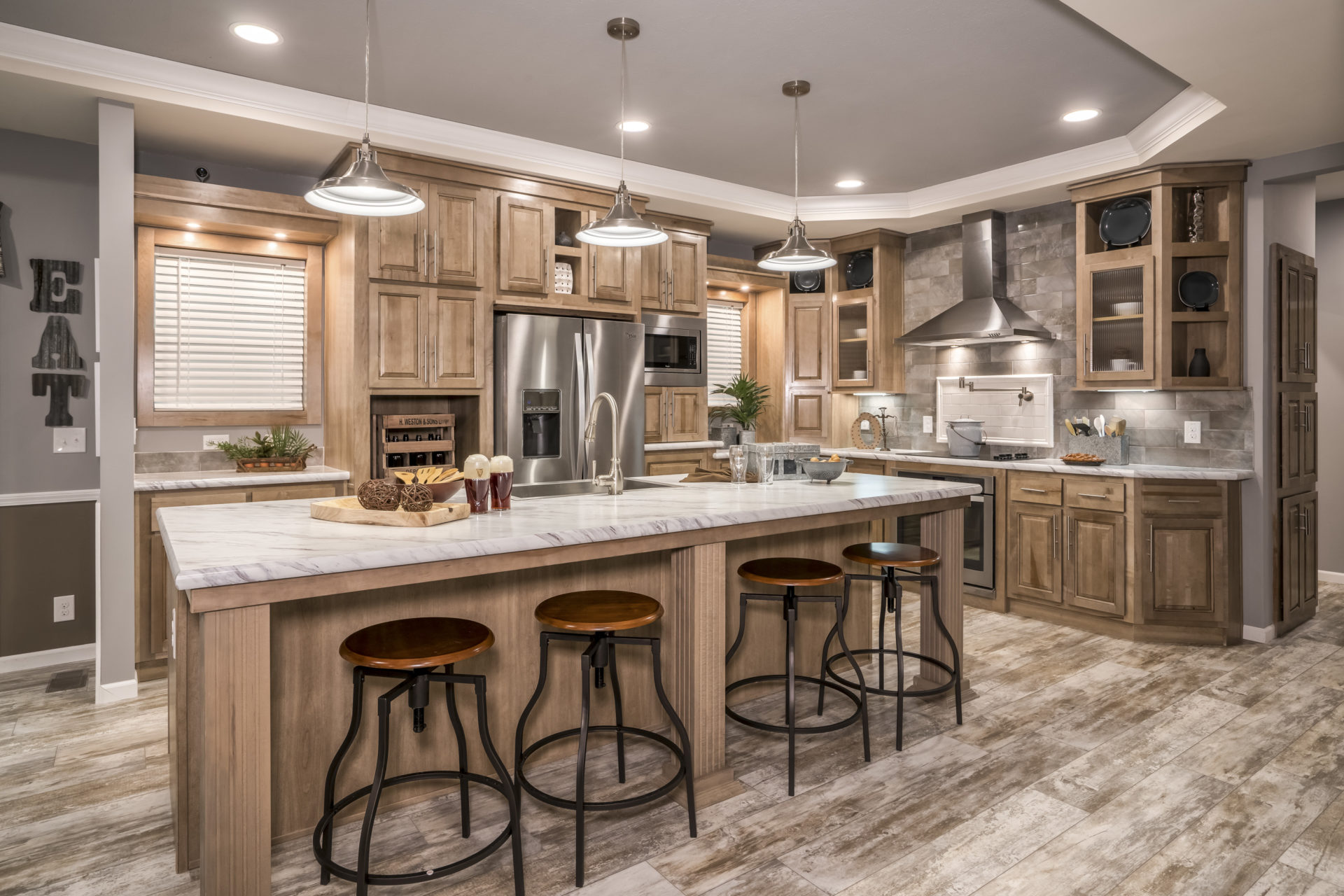 South Eastern Michigan S Premiere Kitchen: LIFEWAY HOMES OF TULSA DEBUTS NEW