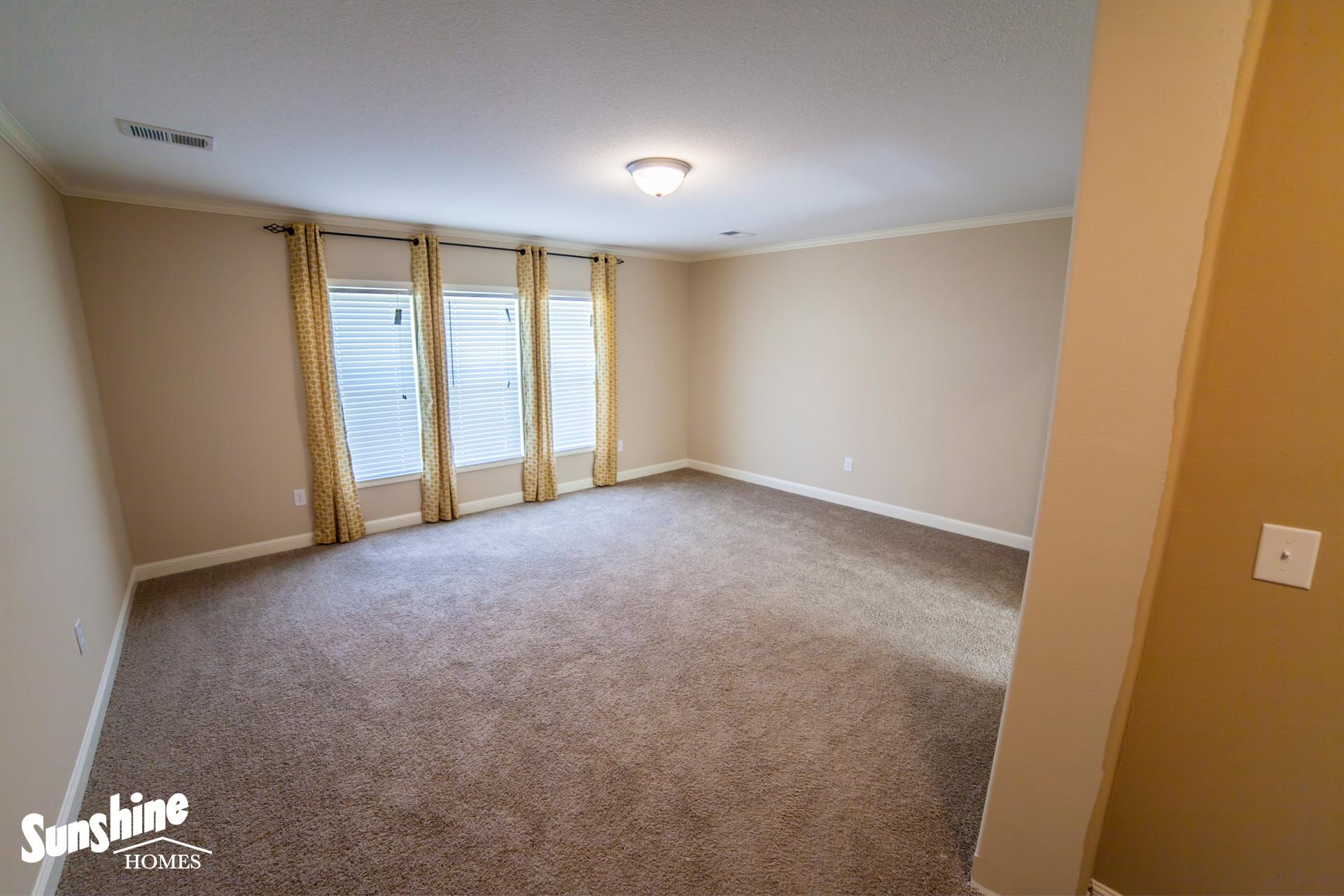 Floor Plan Layout: Hybrid/HYB3284-204