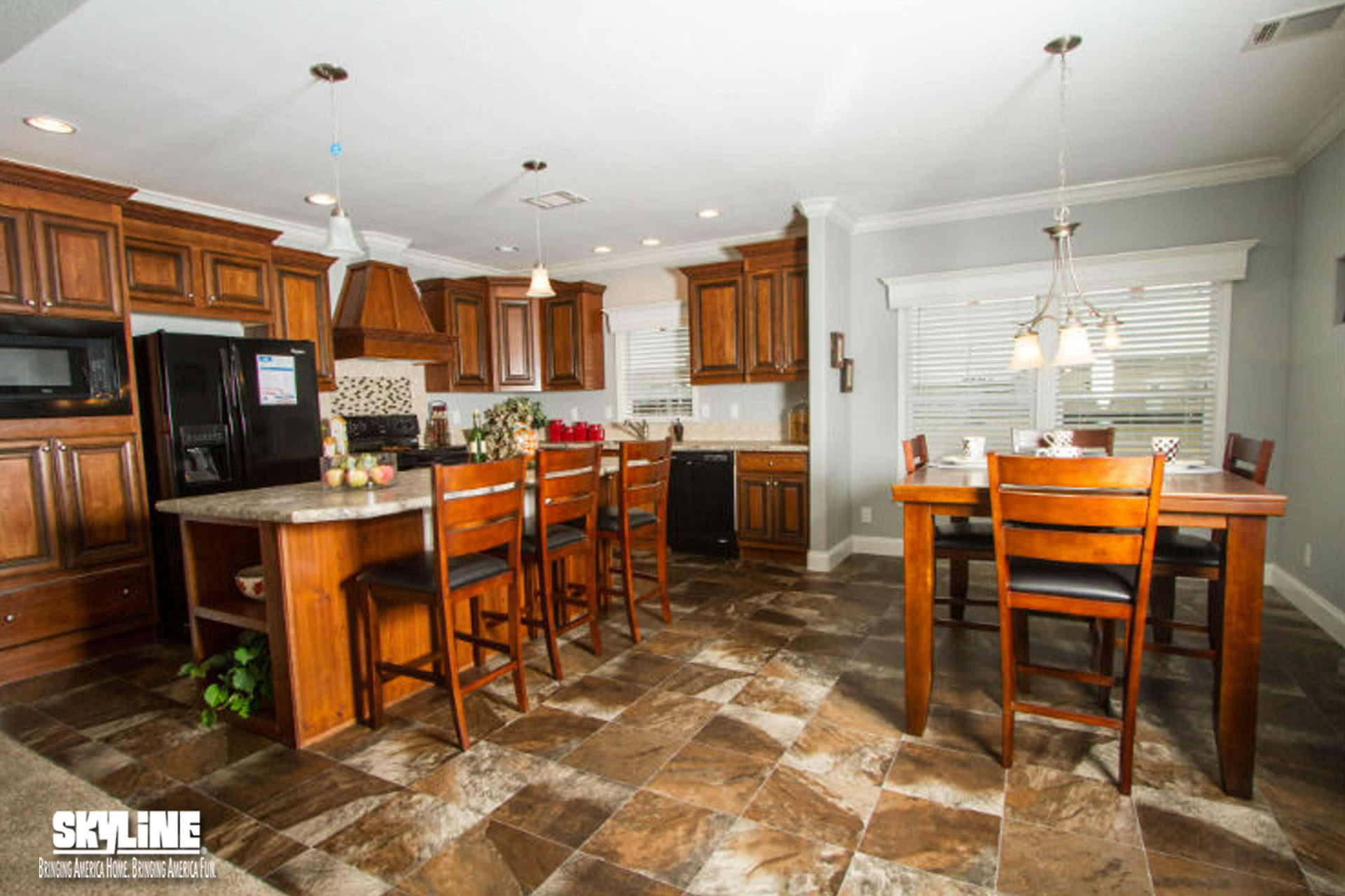 Floor Plan Chaparrel 5737 Shelby