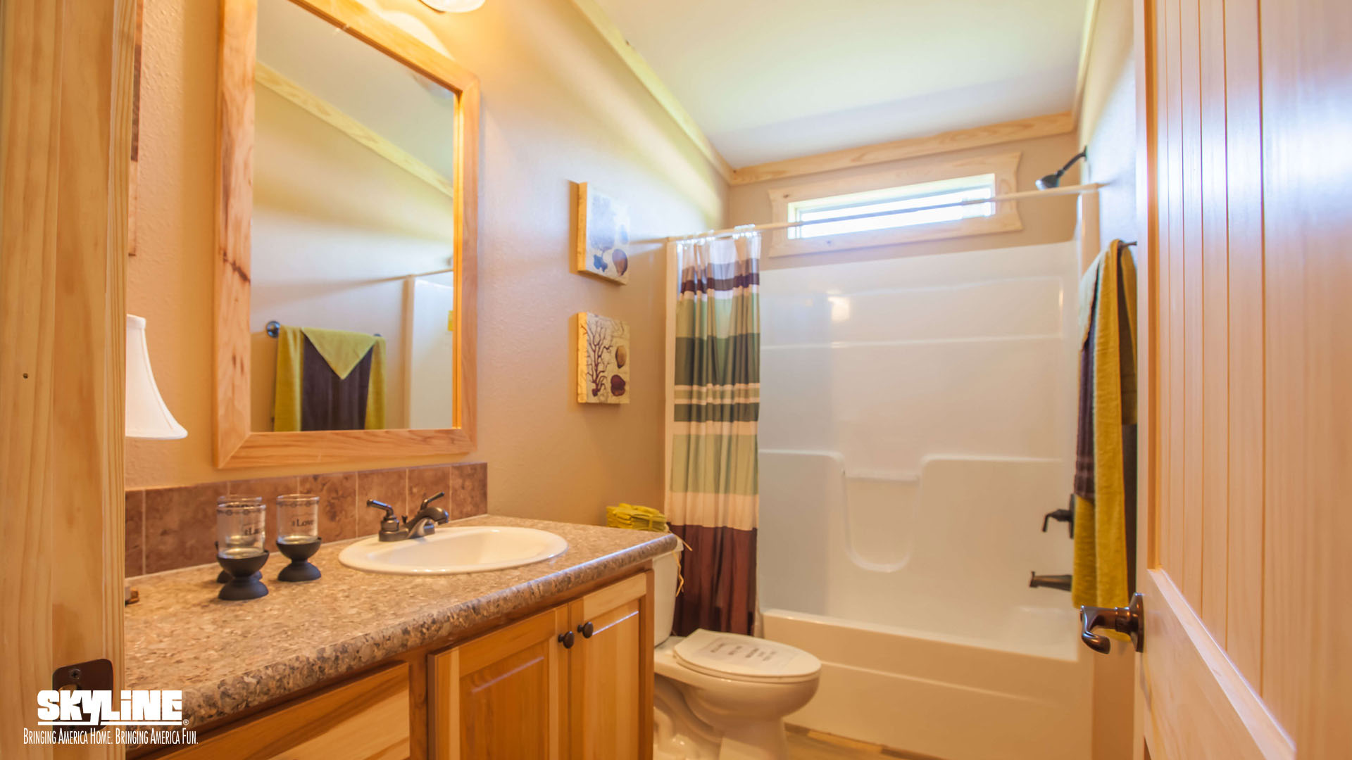 Sky ranch e222 kerr home by clayton homes of marshall for Bathrooms r us clayton