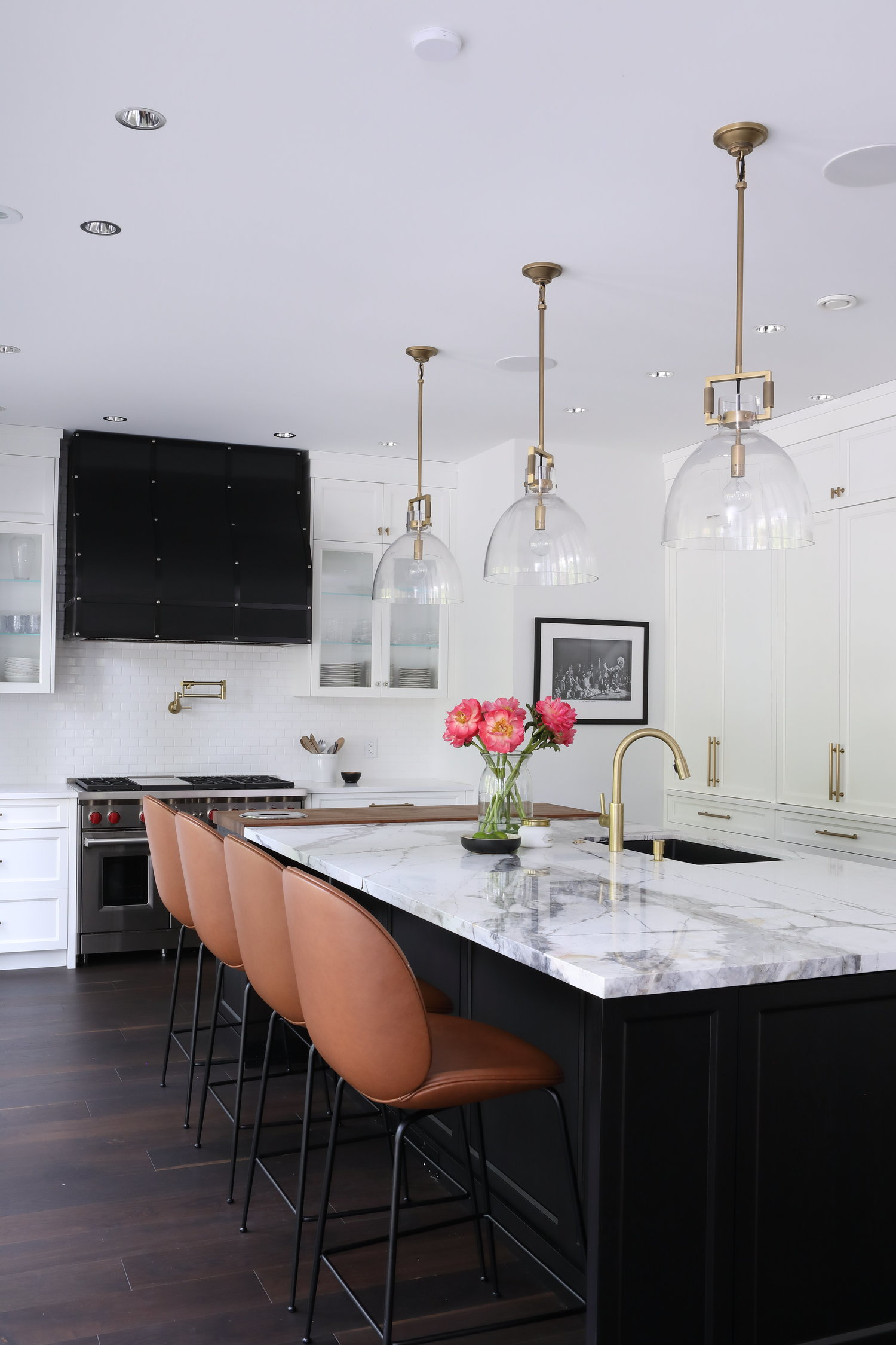 White Kitchens With Dark Islands Pictures and Ideas   Hunker