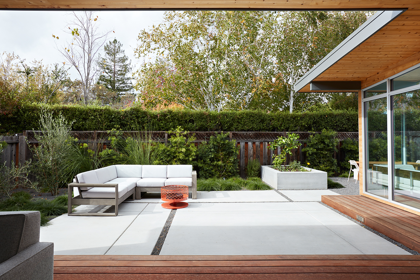 6 Midcentury Modern Landscaping Ideas for a Classic-Chic Look | Hunker