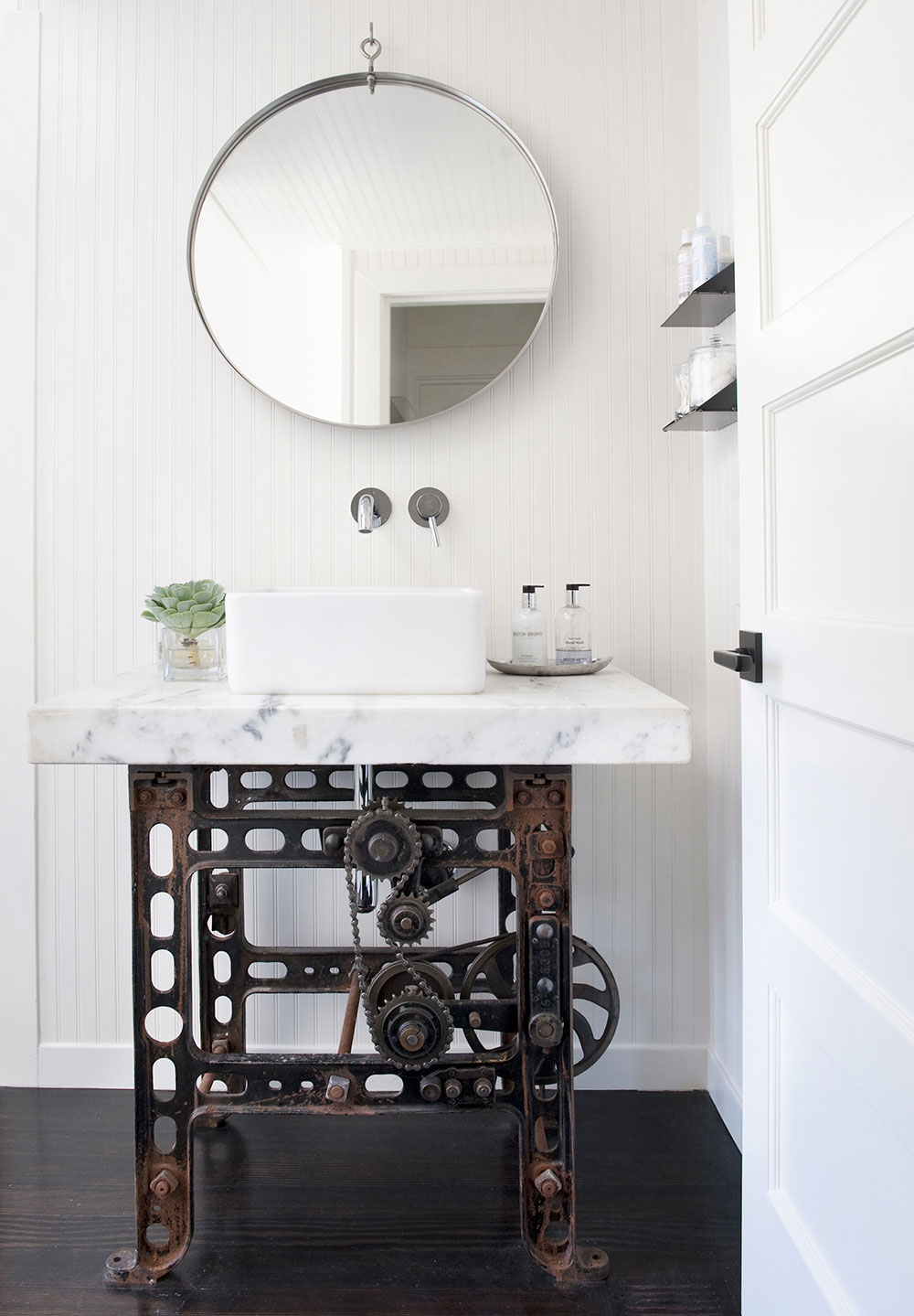These Industrial Bathroom Vanity Ideas Are Transporting Us Back in Time | Hunker
