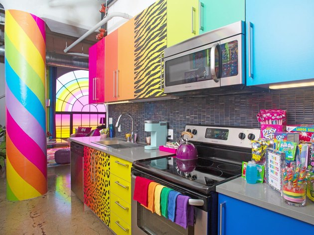 Here's What We Know About the Controversy Surrounding the Lisa Frank Hotels.com Room