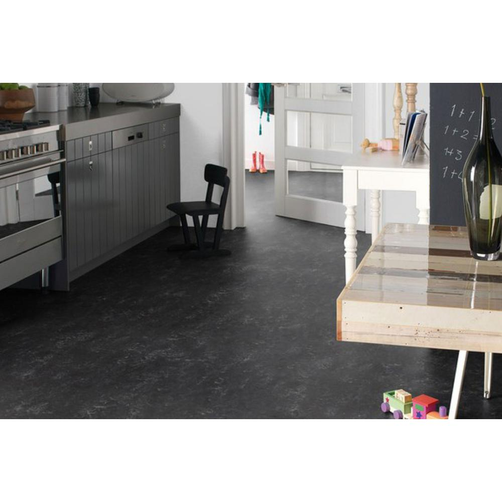 Linoleum Kitchen Flooring: What You Need to Know