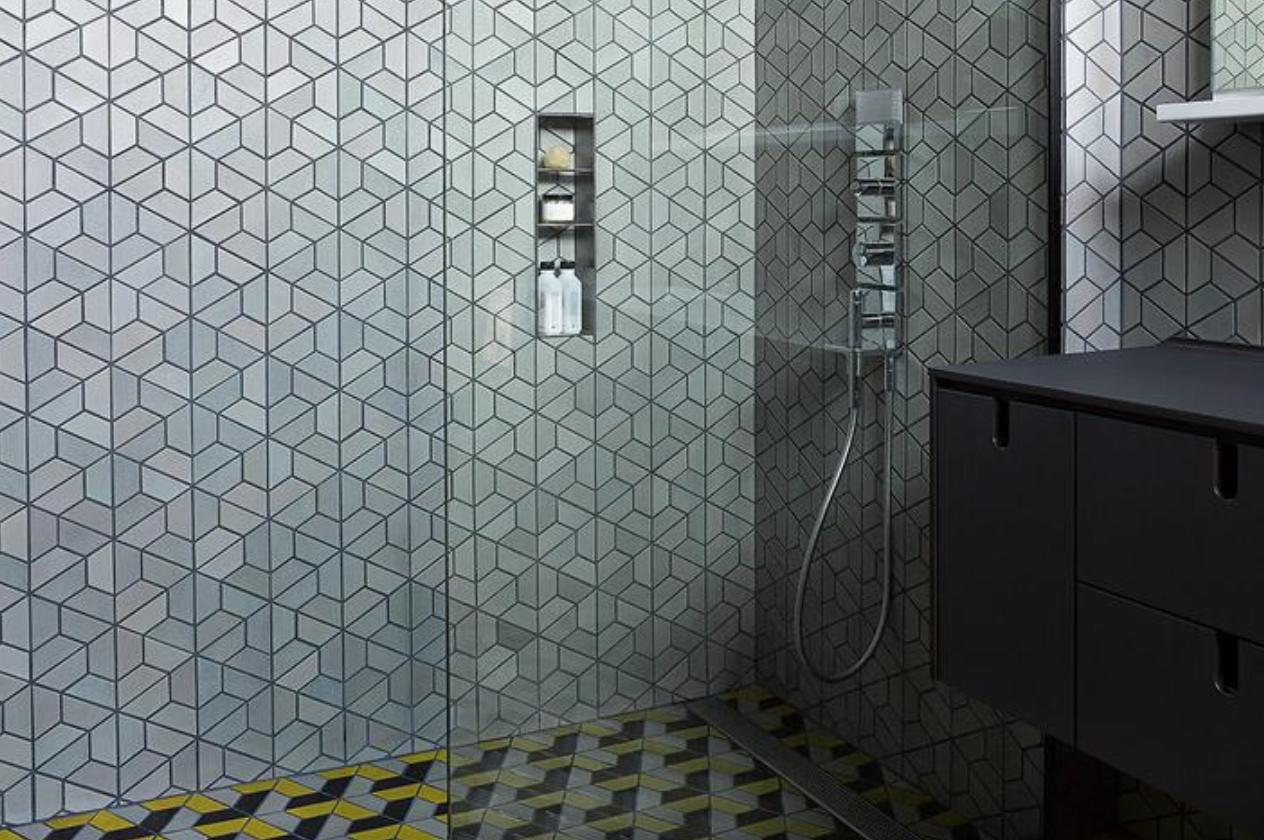"8 Ceramic Tile Shower Ideas so Good, You'll Be Screaming ""Let's Reno!"" | Hunker"