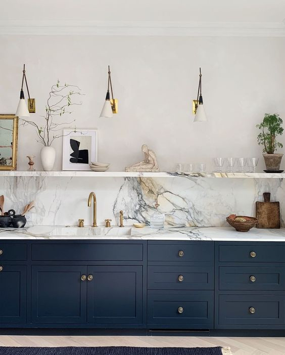 Want a Navy Blue Kitchen? You're Not Alone — Here Are the Best Paint Colors | Hunker
