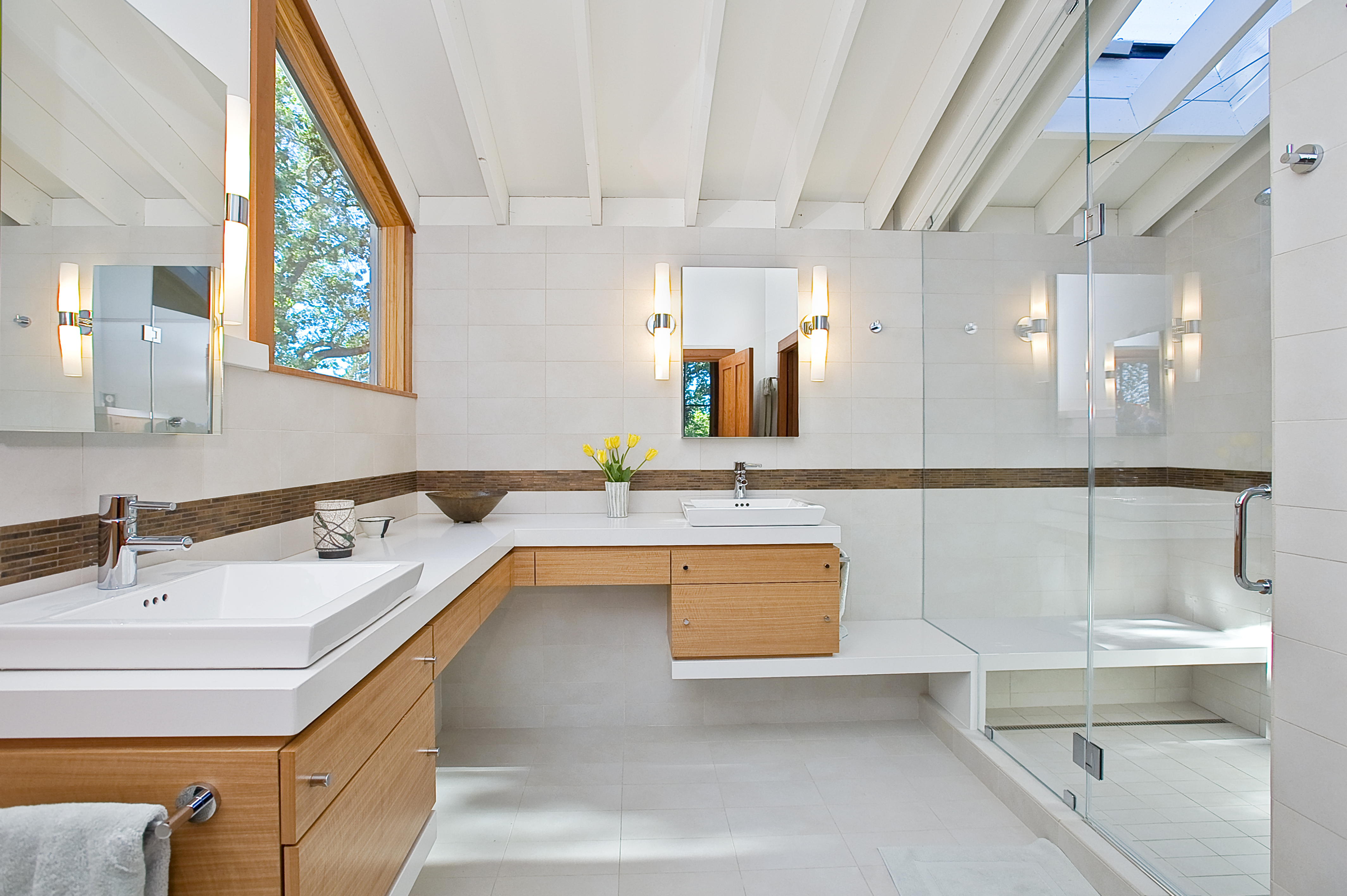 L Shaped Bathroom Vanity Ideas Bathroom Decor And Design Hunker