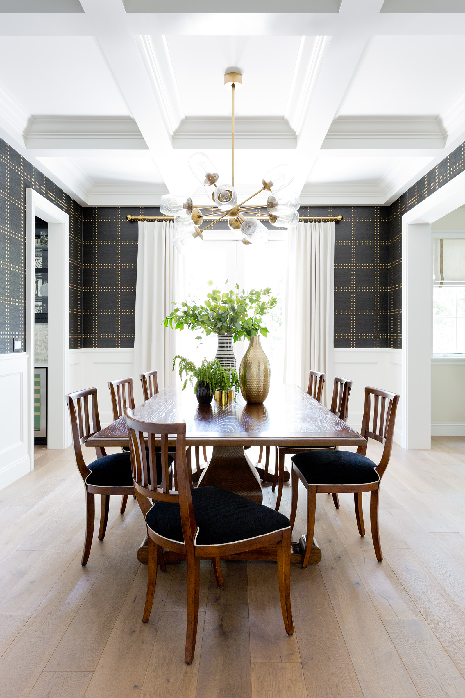 Traditional Dining Room Lighting Ideas And Inspiration Hunker