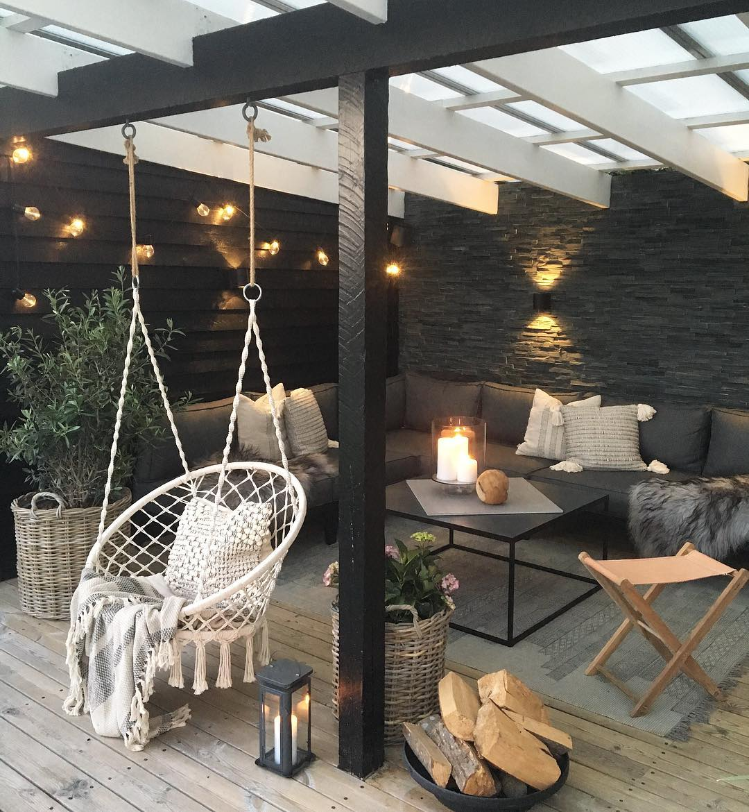 Please Excuse Us While We Spend Every Single Night Out on This Dreamy Patio | Hunker