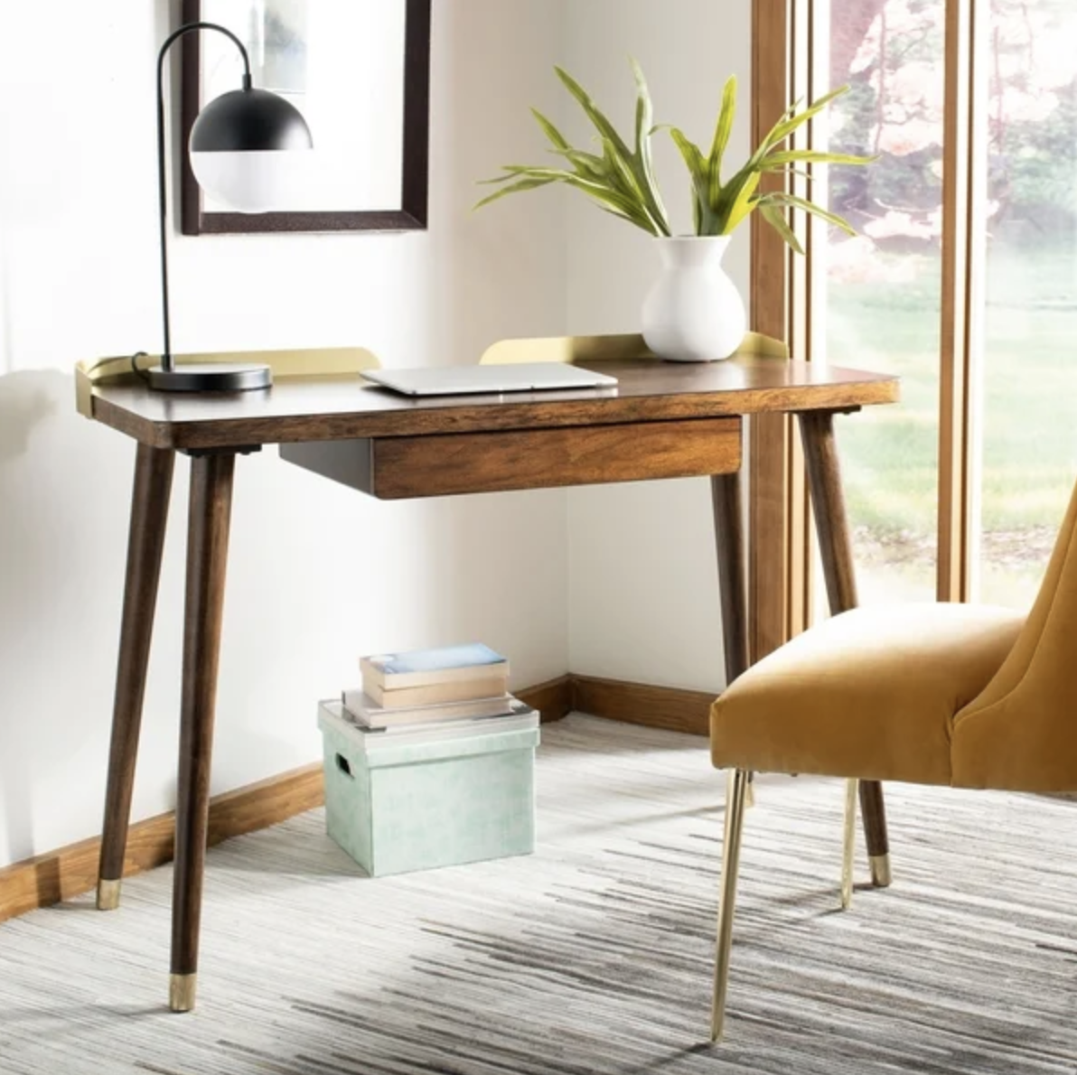 Image of: 10 Midcentury Modern Desks That Double As Home Decor Hunker