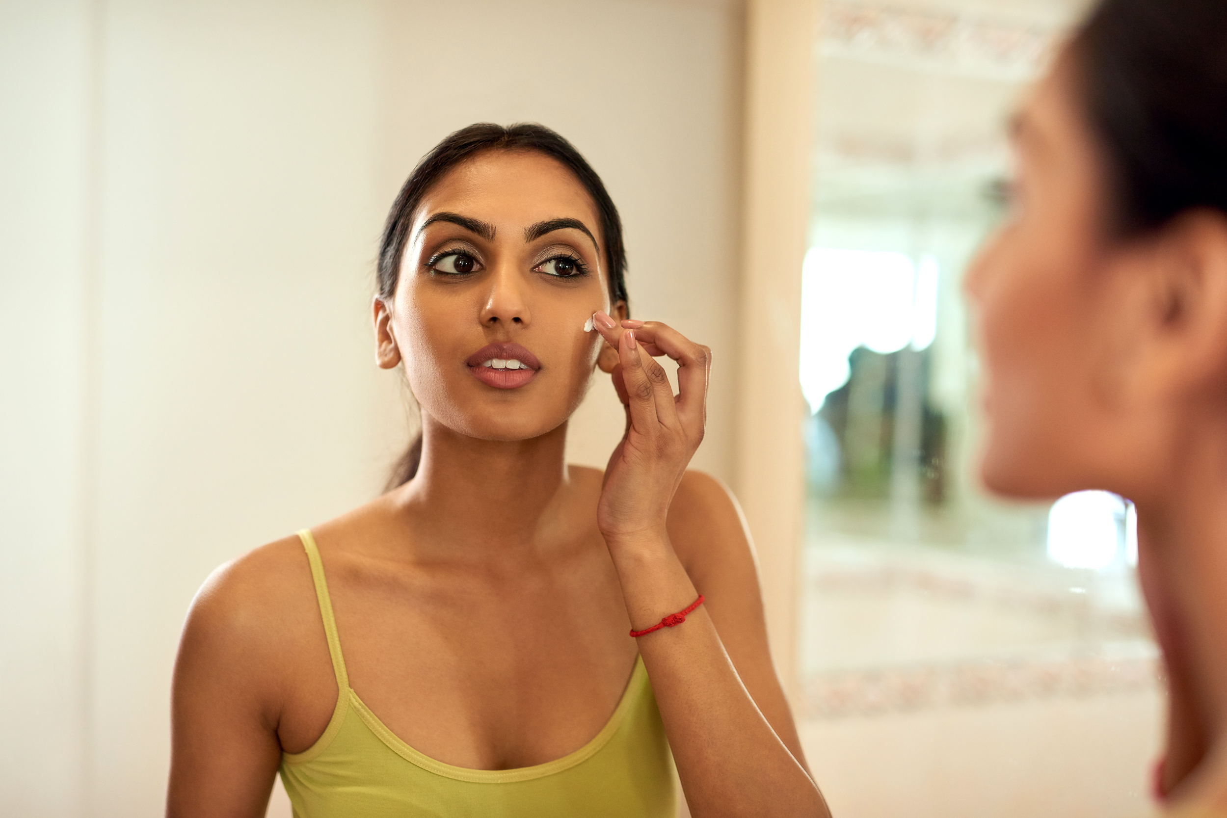 4 Ways to Treat Scars and Dark Spots on Your Skin