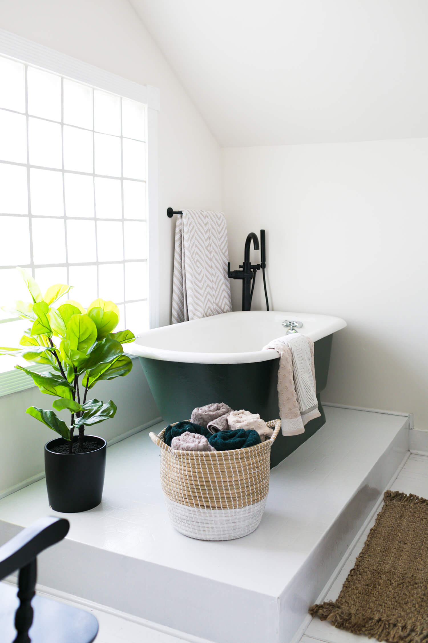12 Budget Bathroom Remodel Ideas That Only Look Expensive Hunker
