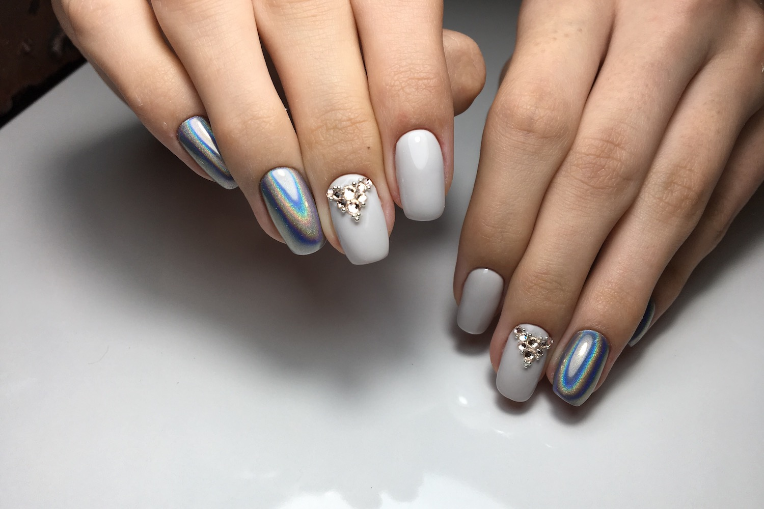 Which Nutrient Deficiencies Can Dry Nails Indicate?