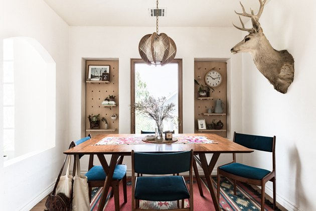 Built-in Dining Room Storage Ideas