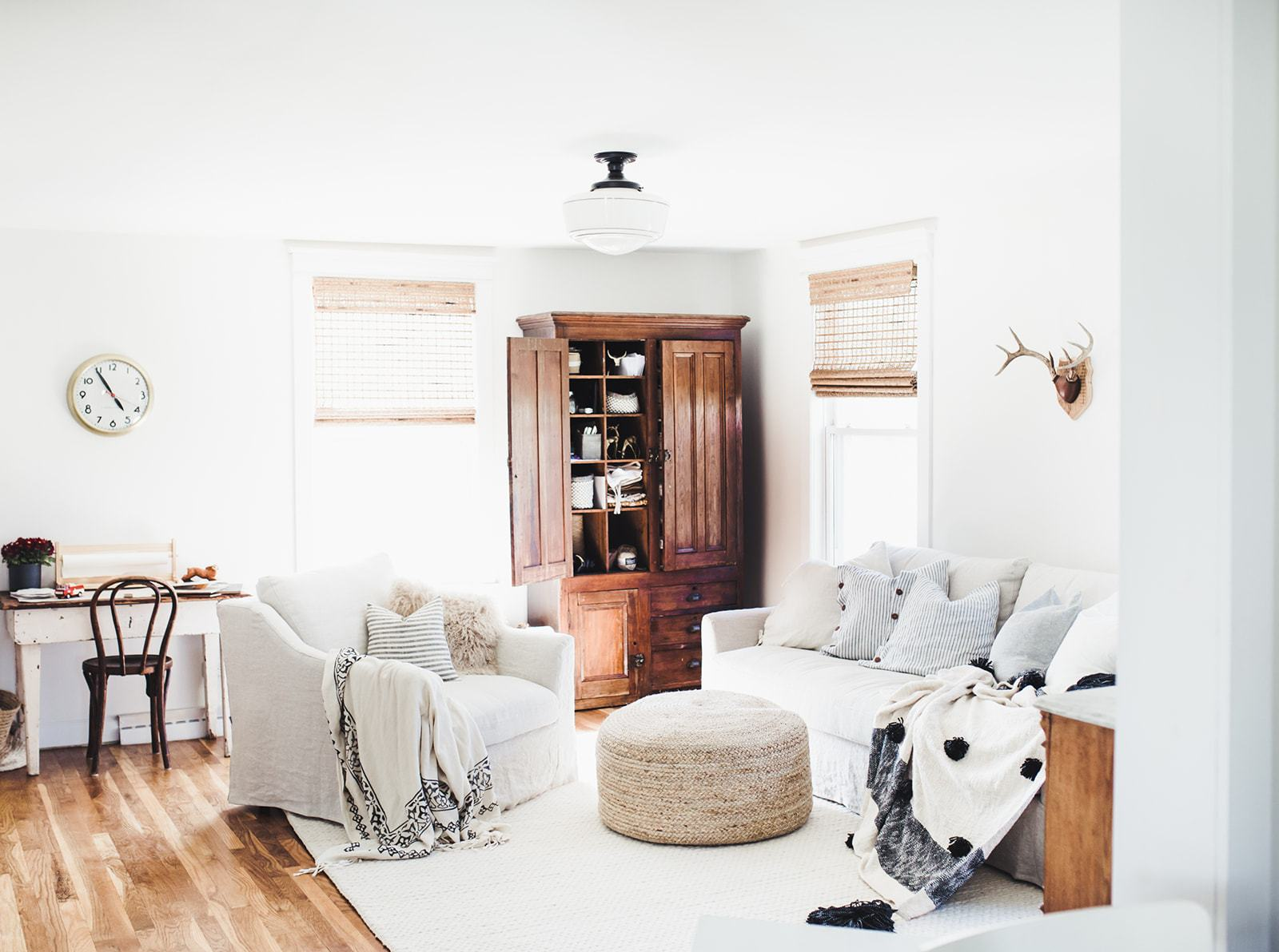 Farmhouse Fanatics, Stop What You're Doing and Check out These Living Room Lighting Ideas | Hunker