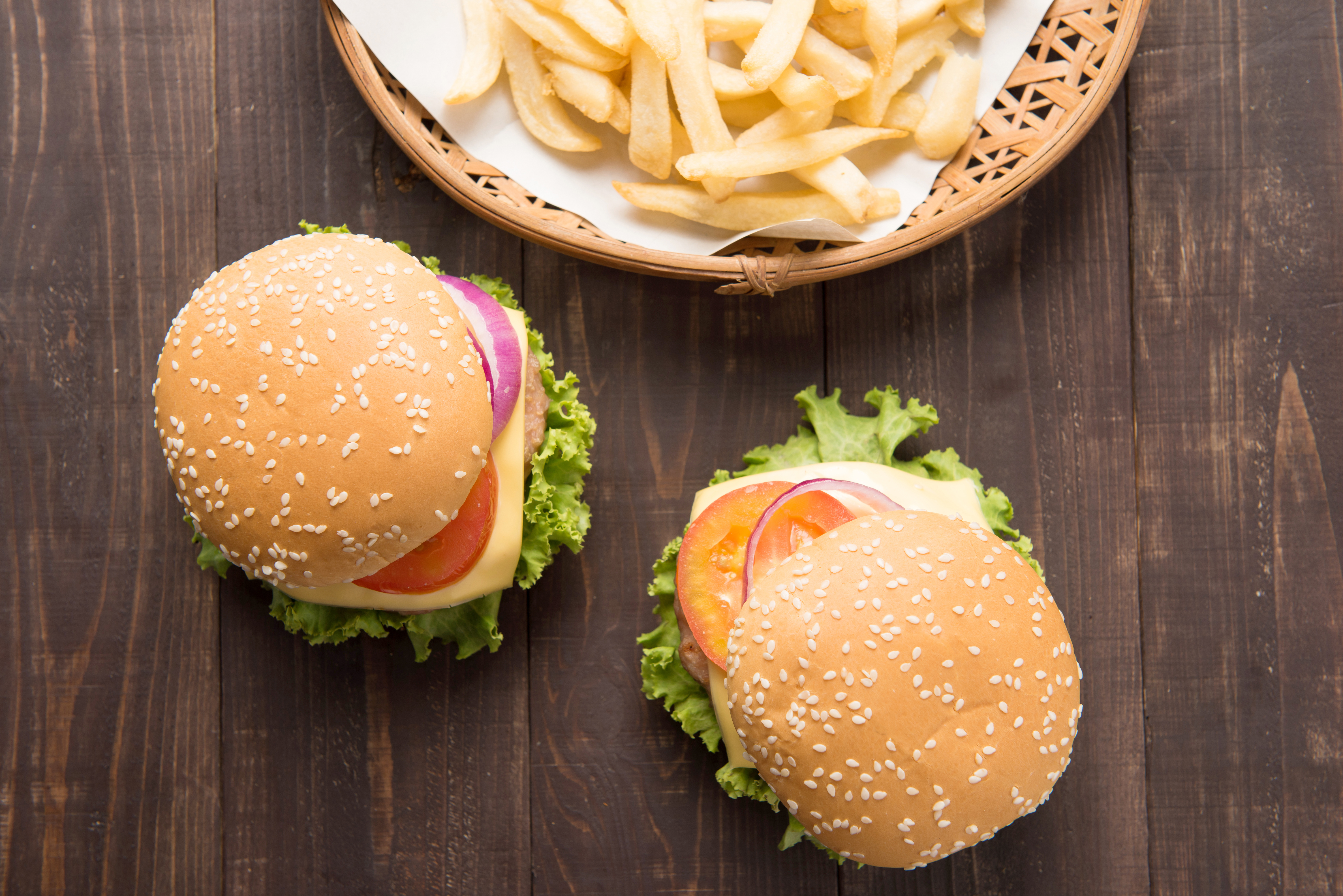What Kinds of Meat Do Fast-Food Places Use in Their Burgers