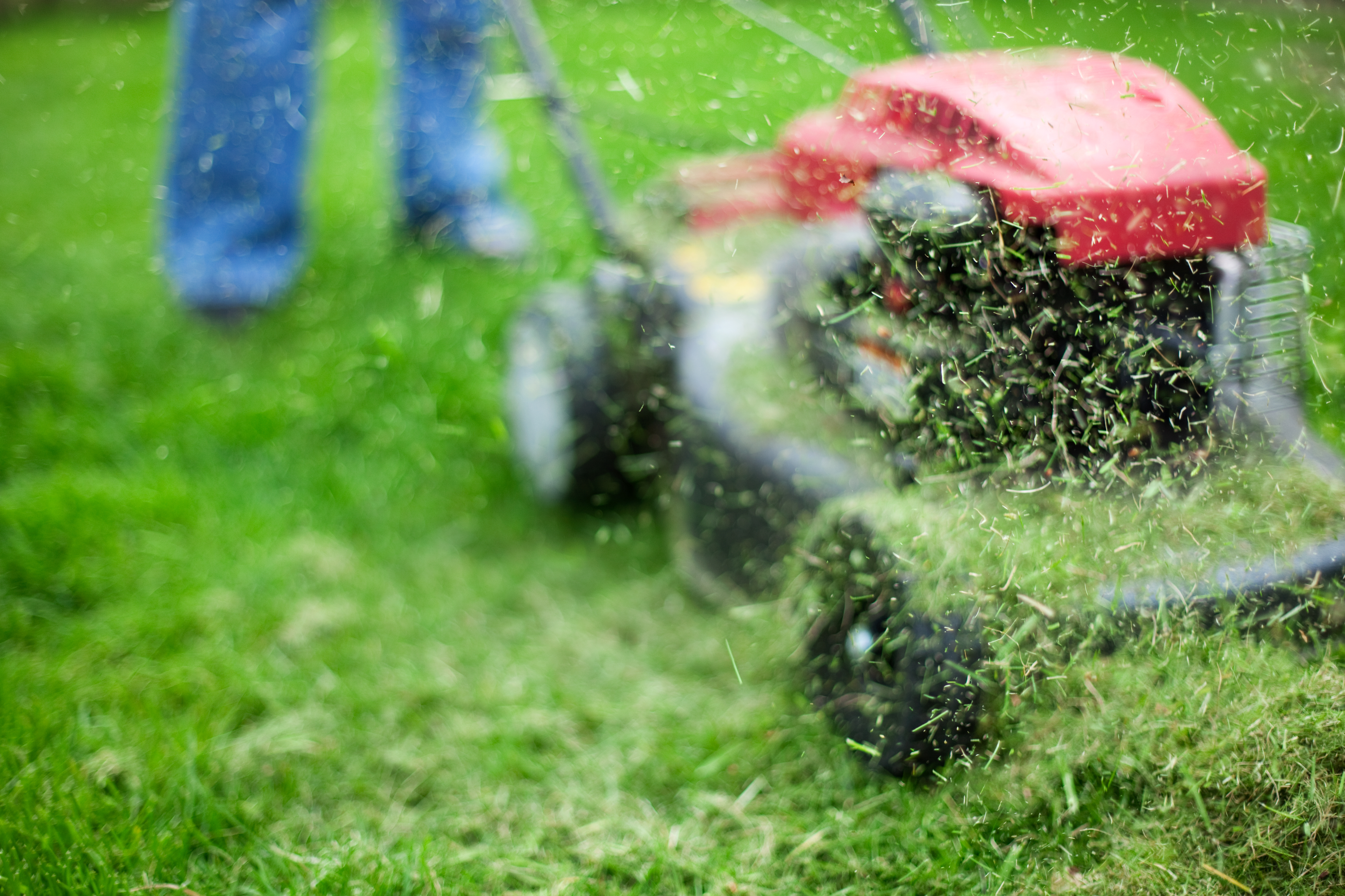 How to Adjust the Cutting Deck of a Lawn Mower | Hunker