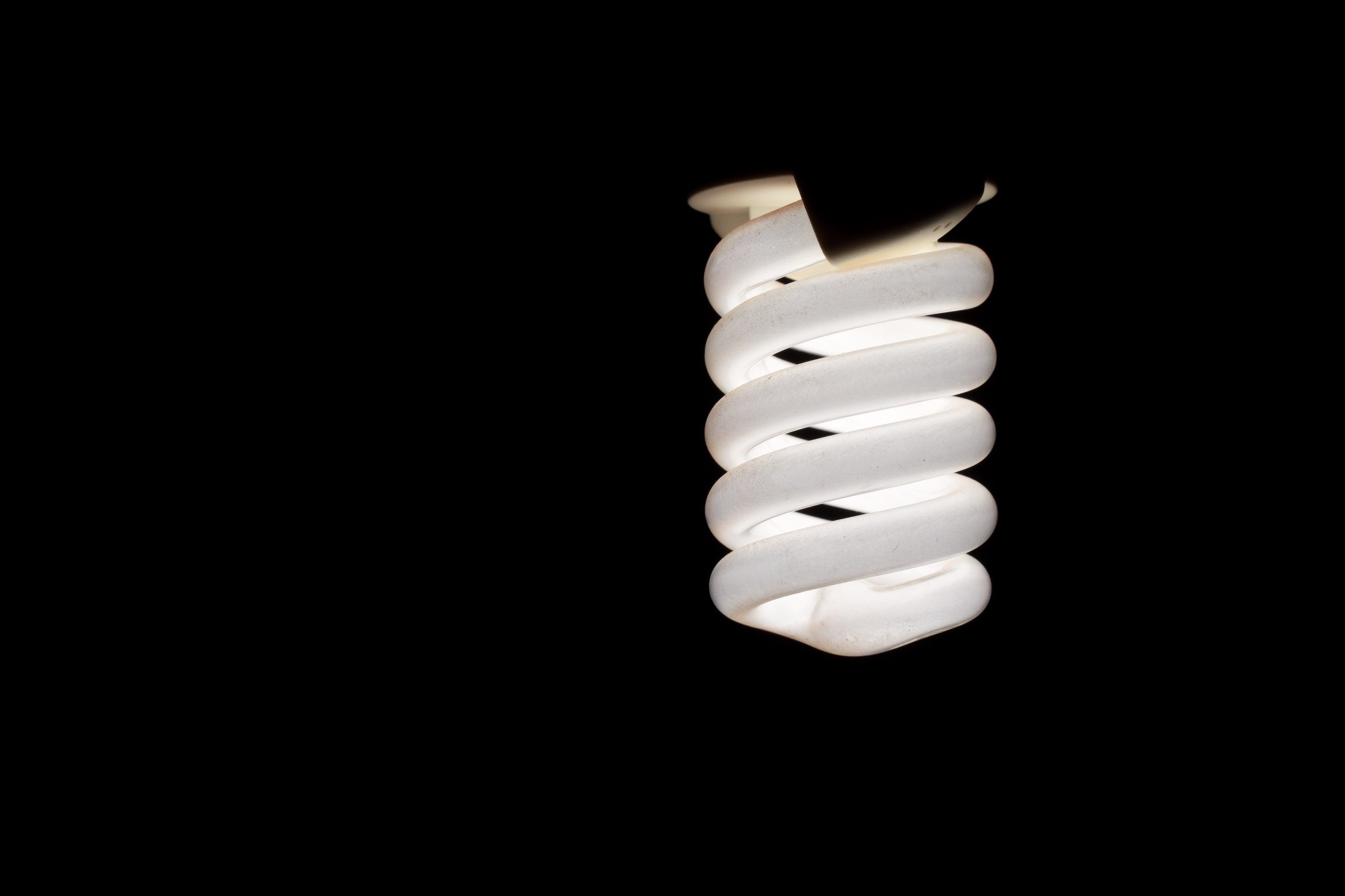 Cfl Bulb Circuit Diagram Besides Bad Ballast Fluorescent Light The Of 4w Lamp How To Troubleshoot A Fixture Home Guides