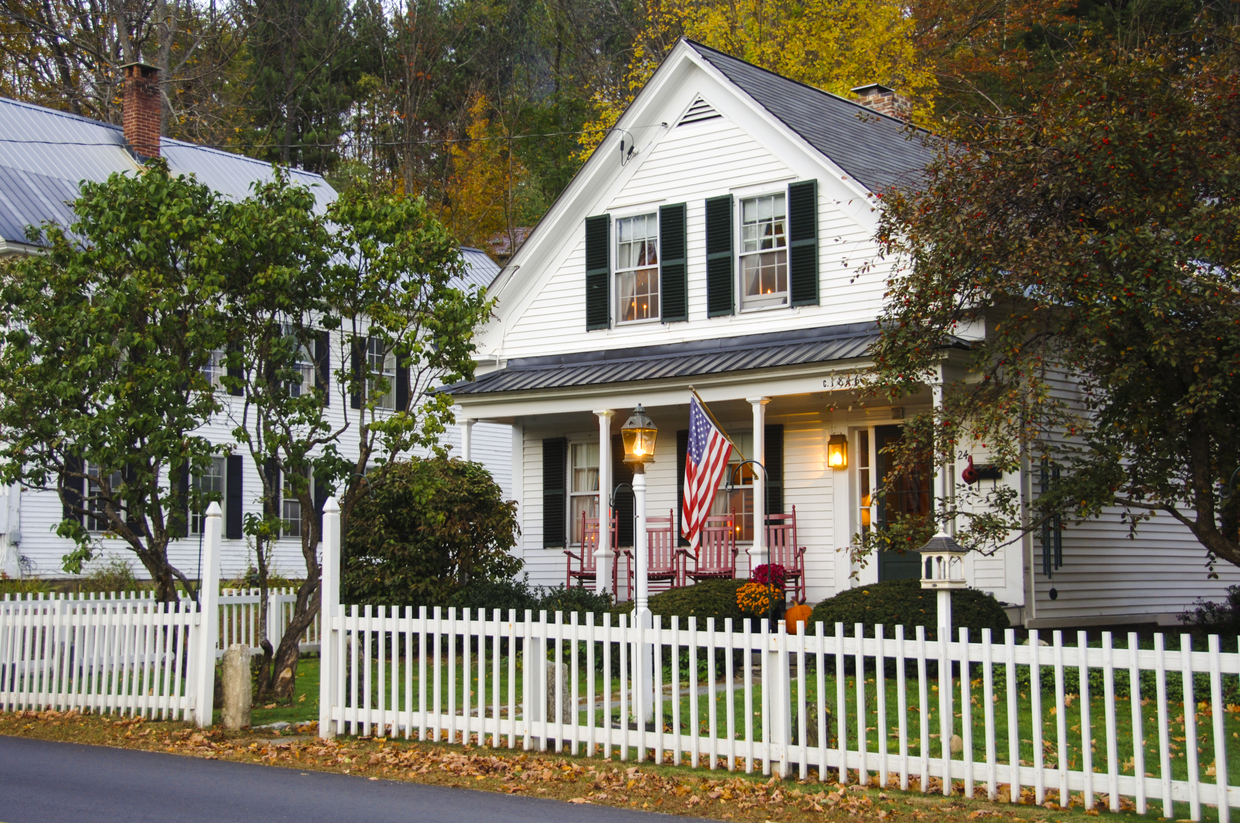 Ways to Mark Property Lines | Hunker