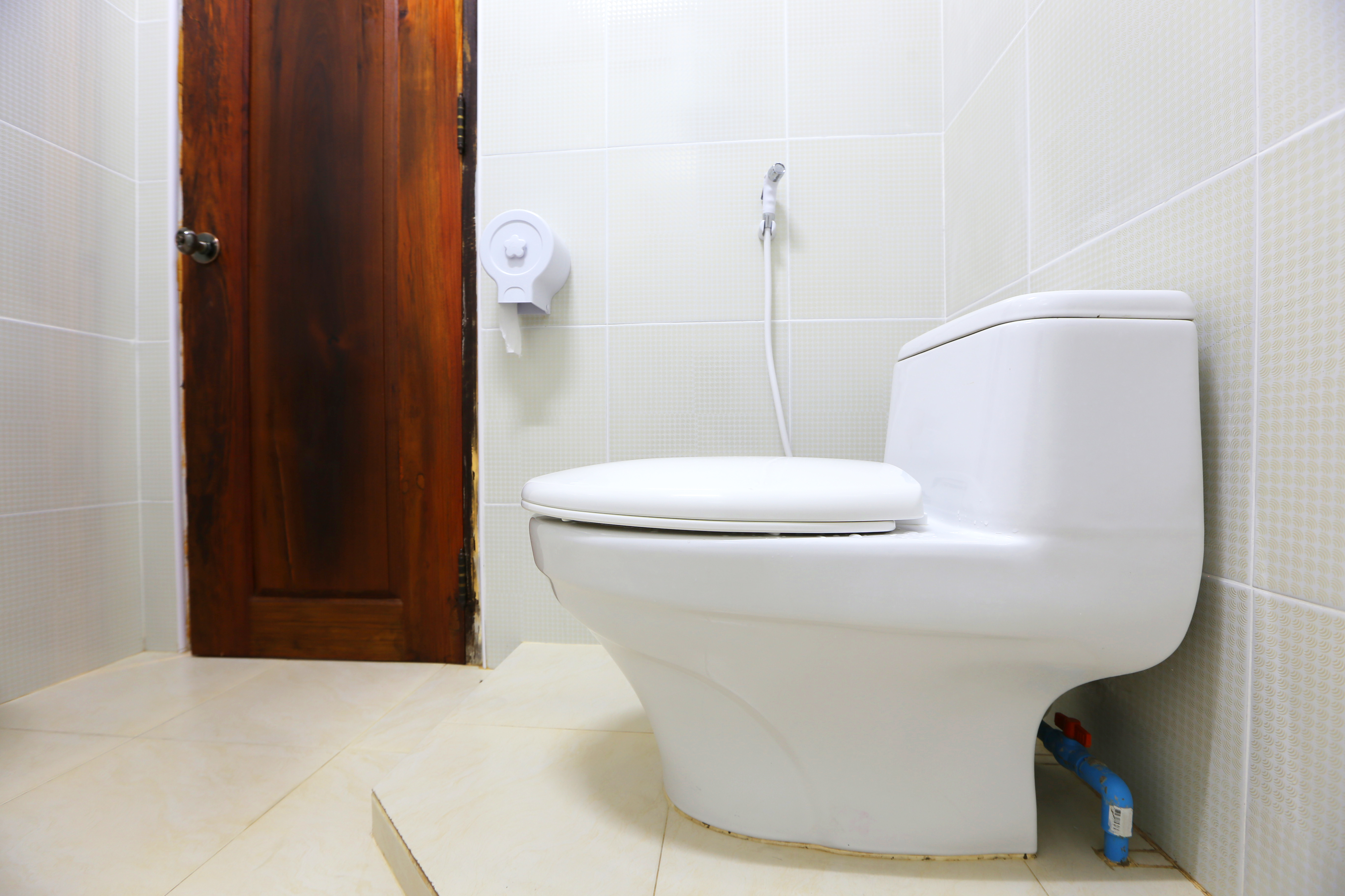 Remarkable How To Repair Toilet Handles That Stick Home Guides Sf Gate Theyellowbook Wood Chair Design Ideas Theyellowbookinfo