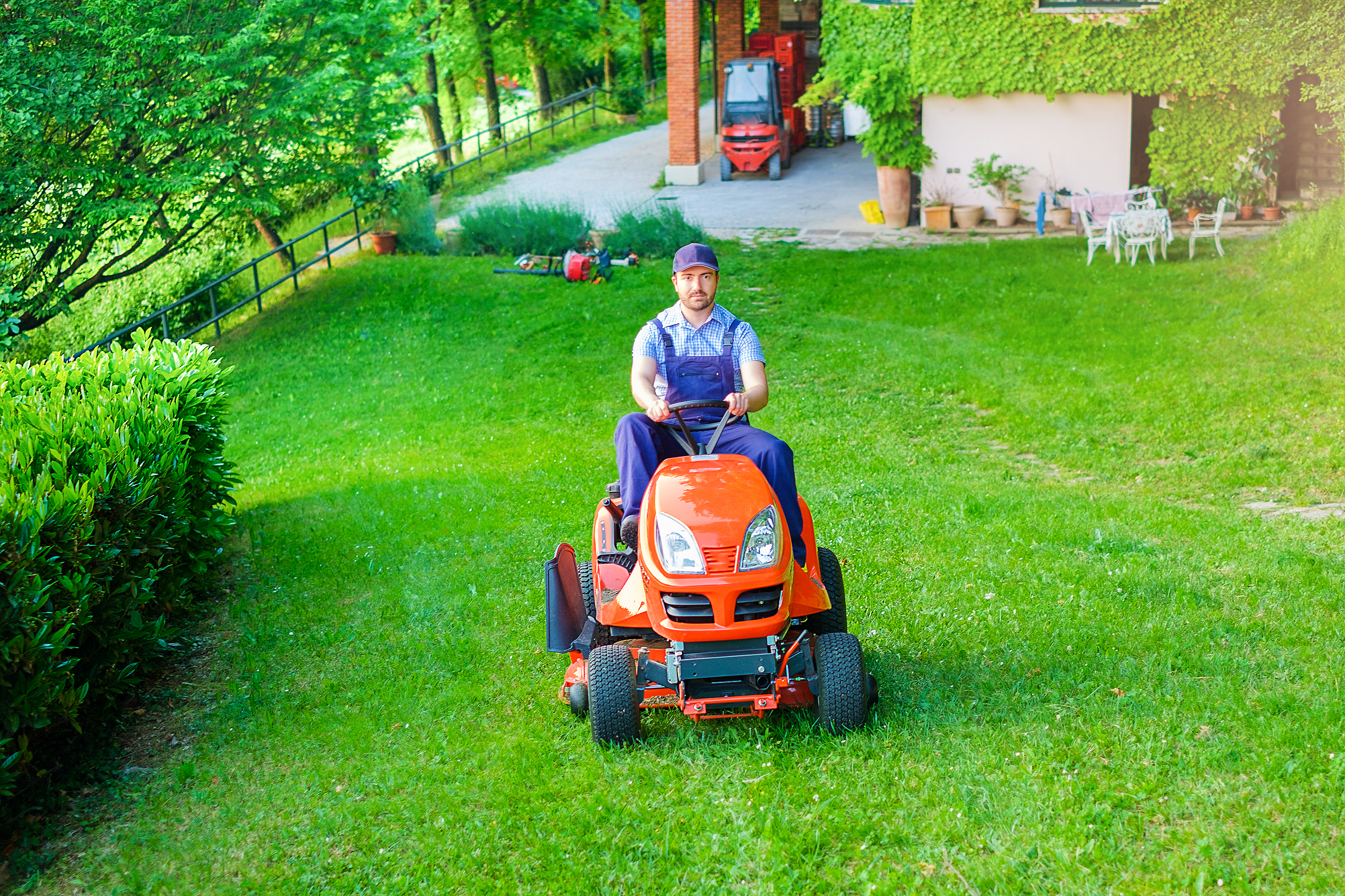 Why Does My Mower Stop Running After 20 Minutes? | Home Guides | SF Gate