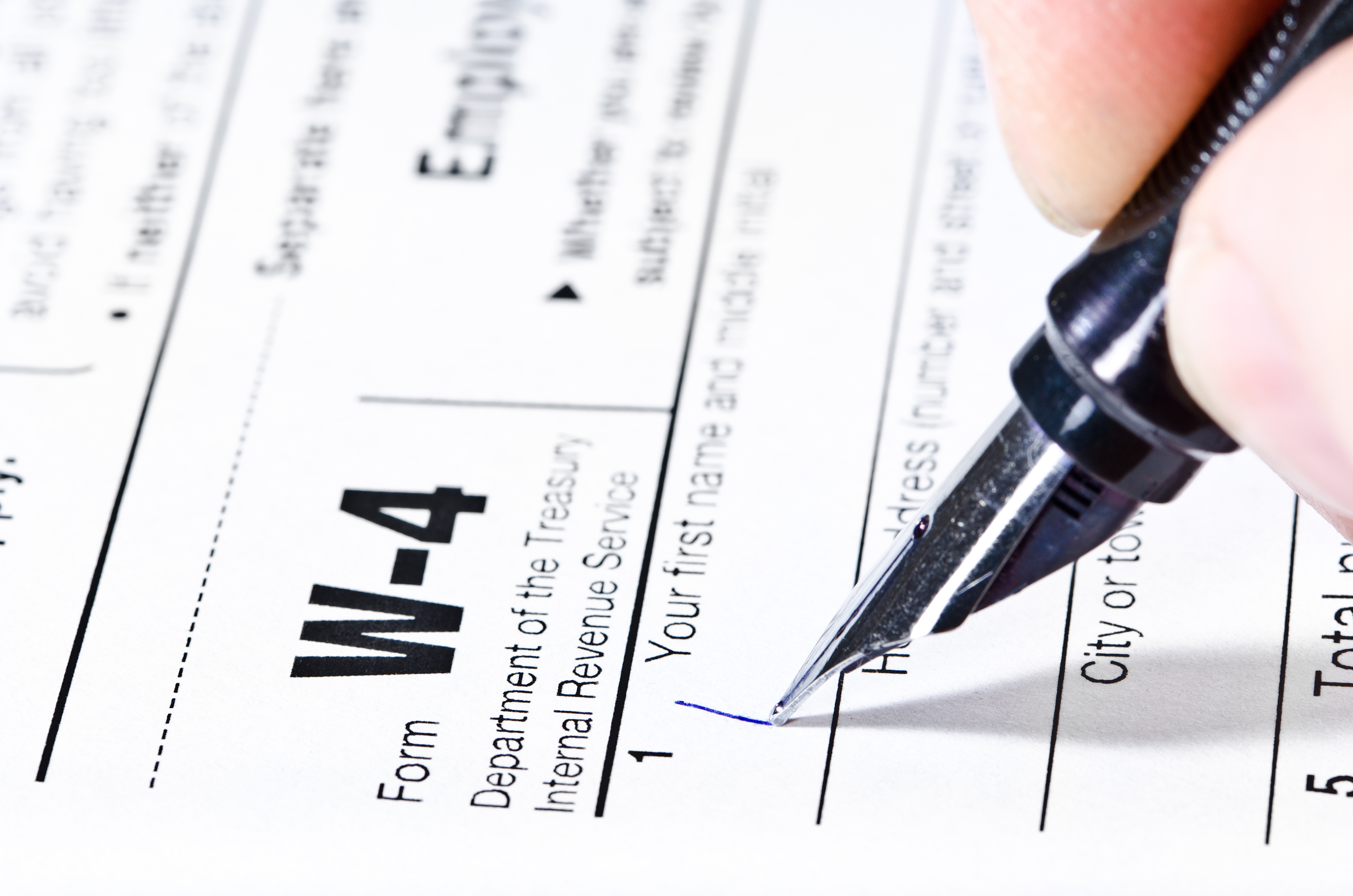 What Is the Difference Between Claim 0 & 1 on a W-4 Form? | Pocket Sense