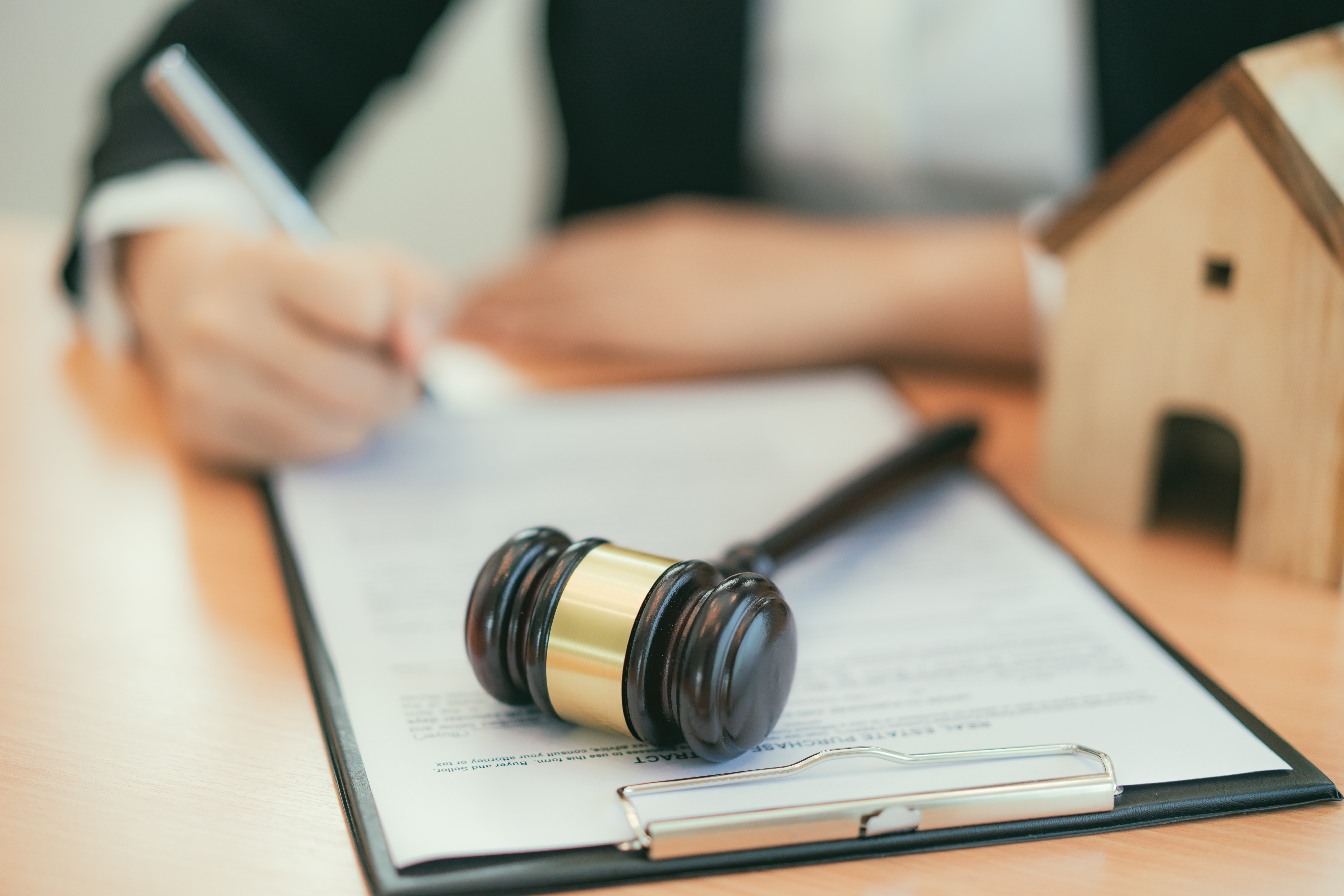 How Long Does a Lien Judgment Stay Recorded on Your Property in