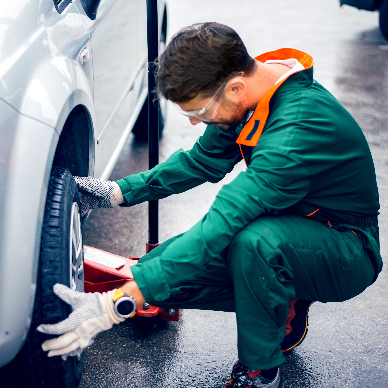 The Average Salary Of Car Dealership Mechanics