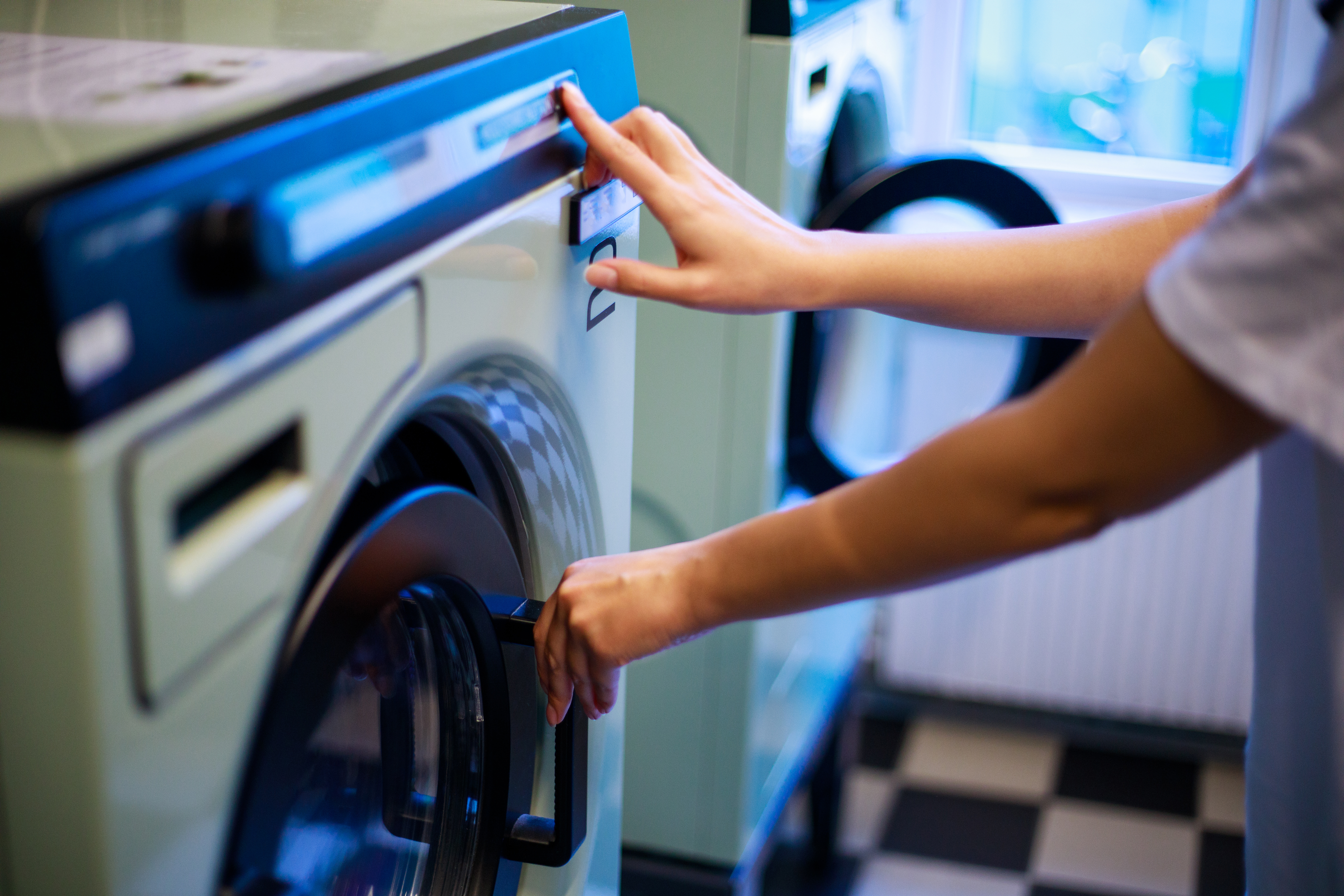 How To Fix An Lg Washing Machine With Le Code Home Guides Sf Gate Maytag Dryer Belt Diagram As Well Ge Replacement