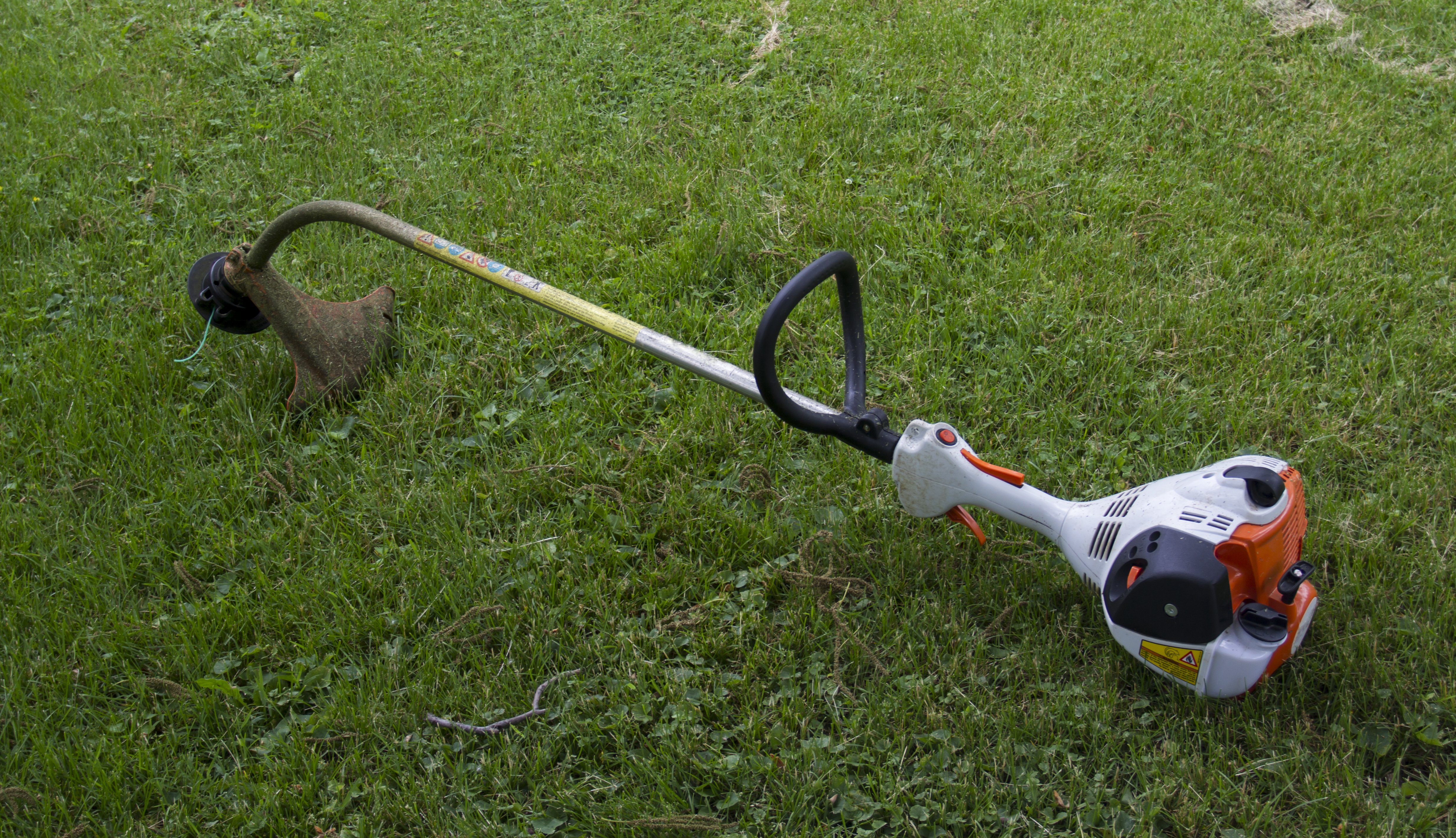 My Weed Eater Trimmer Head Doesn't Turn | Home Guides | SF Gate