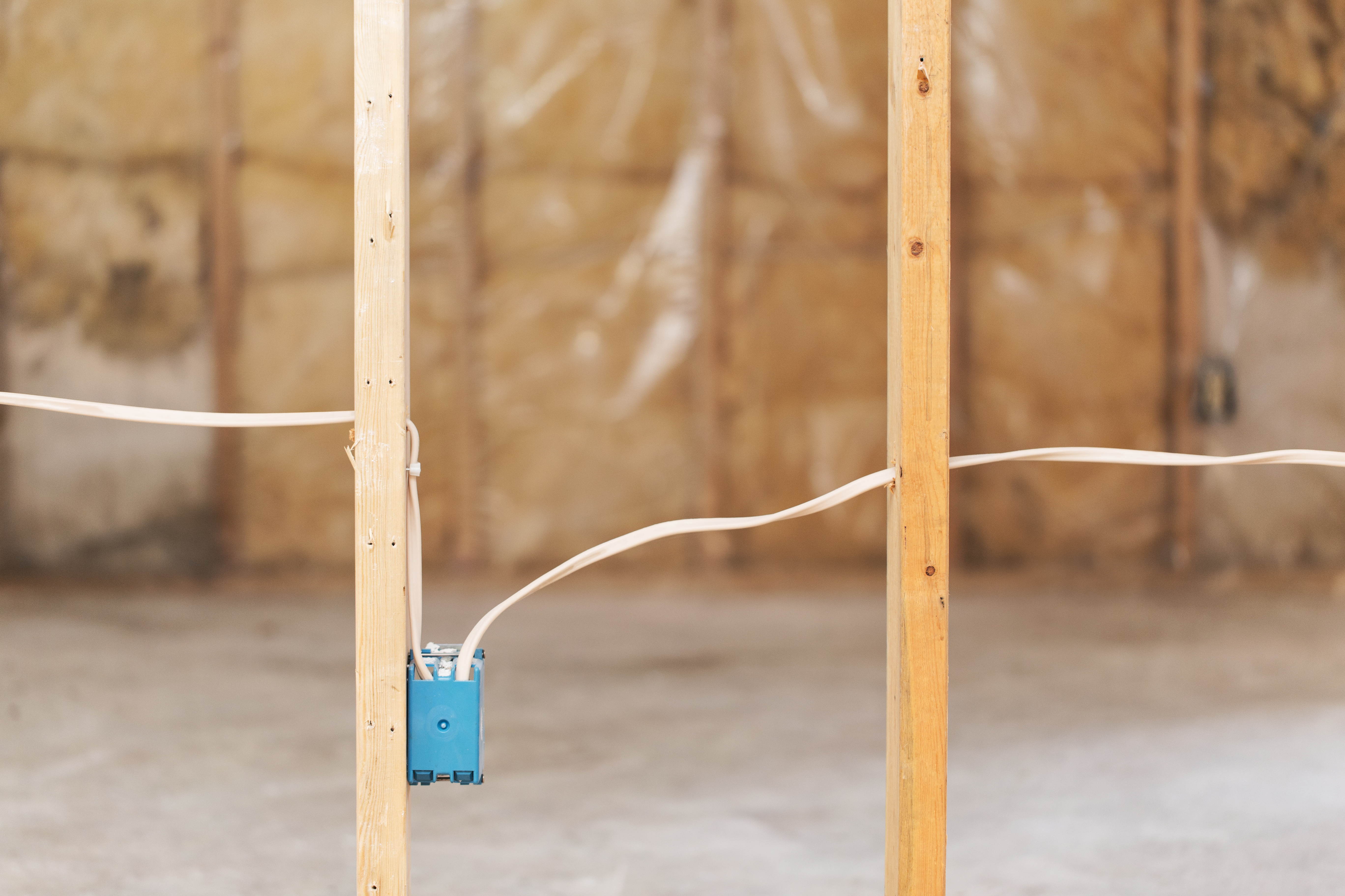 How to Frame a Non-Load-Bearing Interior Wall on Concrete