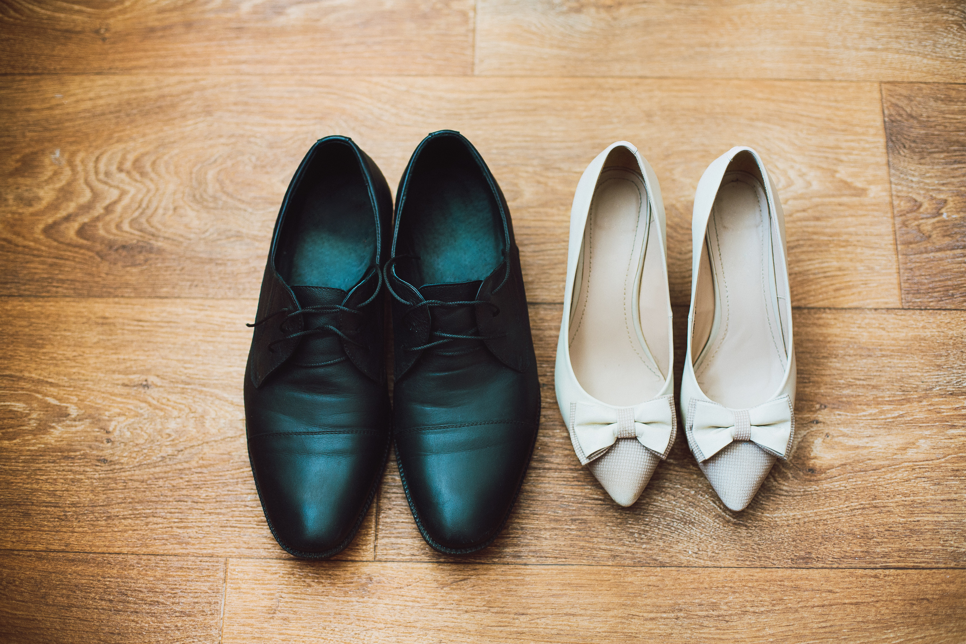 1ee6083363d How to Convert Women s Shoe Size to Men s Shoe Size Using a Chart ...
