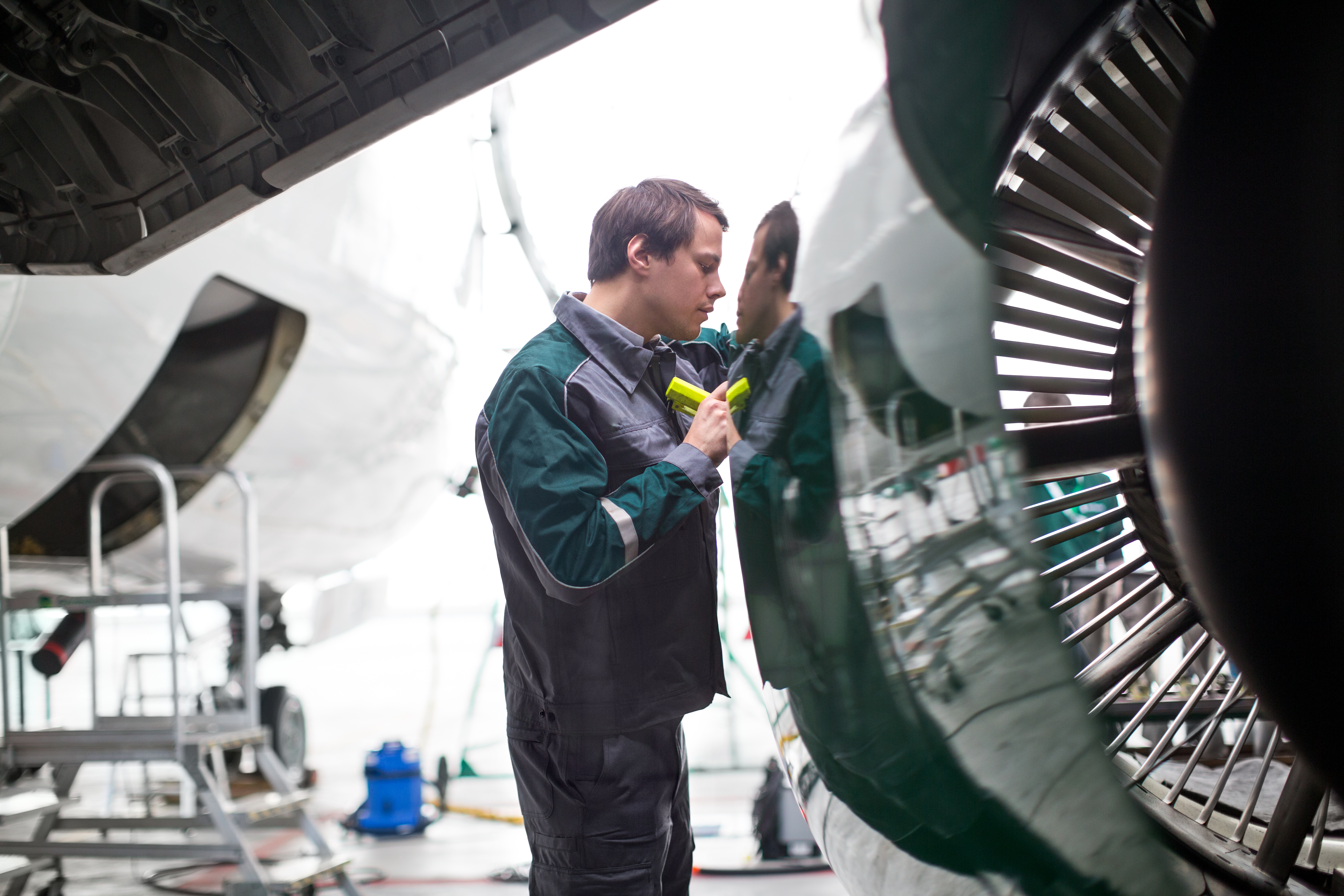 Careers in the Air Force That Don't Use Math | Career Trend